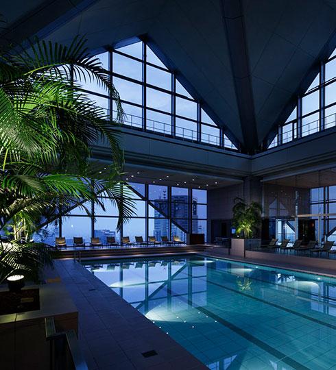 写真:フィットネス施設内プール